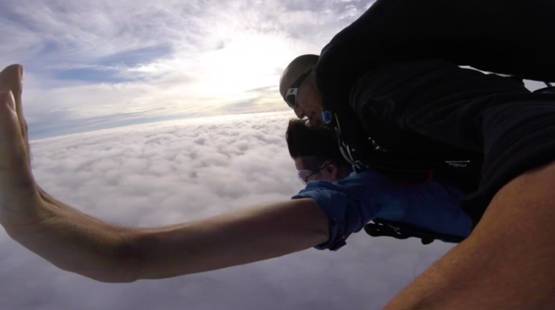 スカイダイビング 雲海
